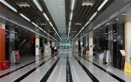 学院国际大厦内部